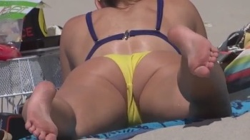 Camel Toes From Behind